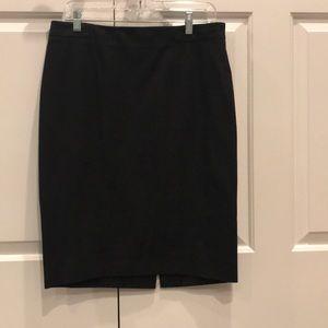 Gap black pencil skirt// size 8